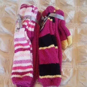 NWT 4 Pairs Knee High Fuzzy Fleece Socks  sz. 9-11
